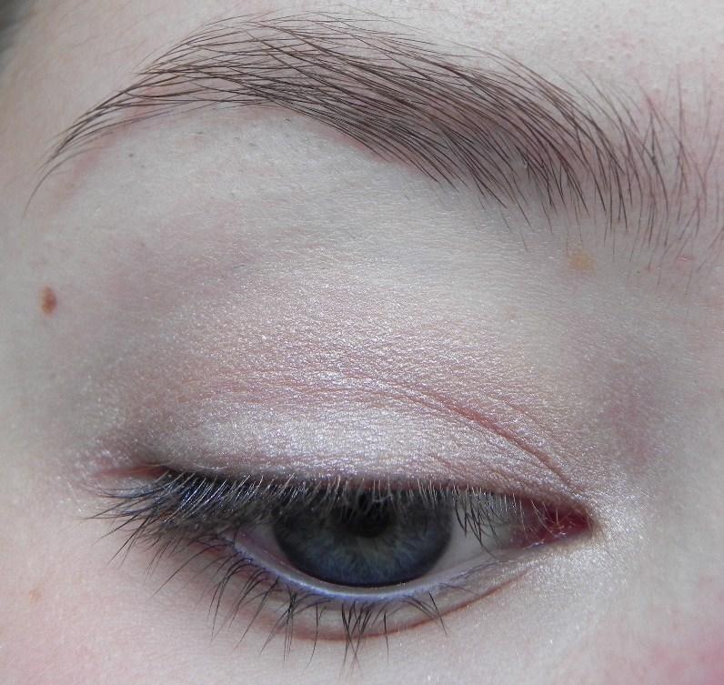 Back To Basics Anleitung Fur Ein Dezentes Augenmakeup Cream S