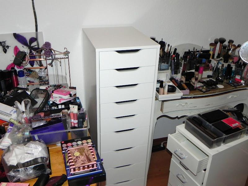 make up schrank ikea alex cream 39 s beauty blog. Black Bedroom Furniture Sets. Home Design Ideas