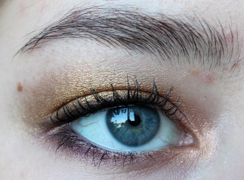 Guldenes Sommer Make Up Fur Blaue Augen Cream S Beauty Blog