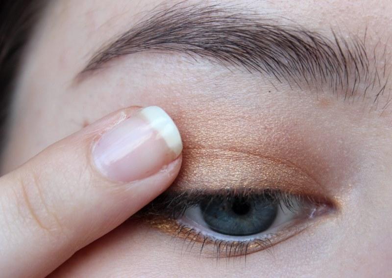 Tipps Tricks Und Tutorial Make Up Für Blaue Augen Oranger