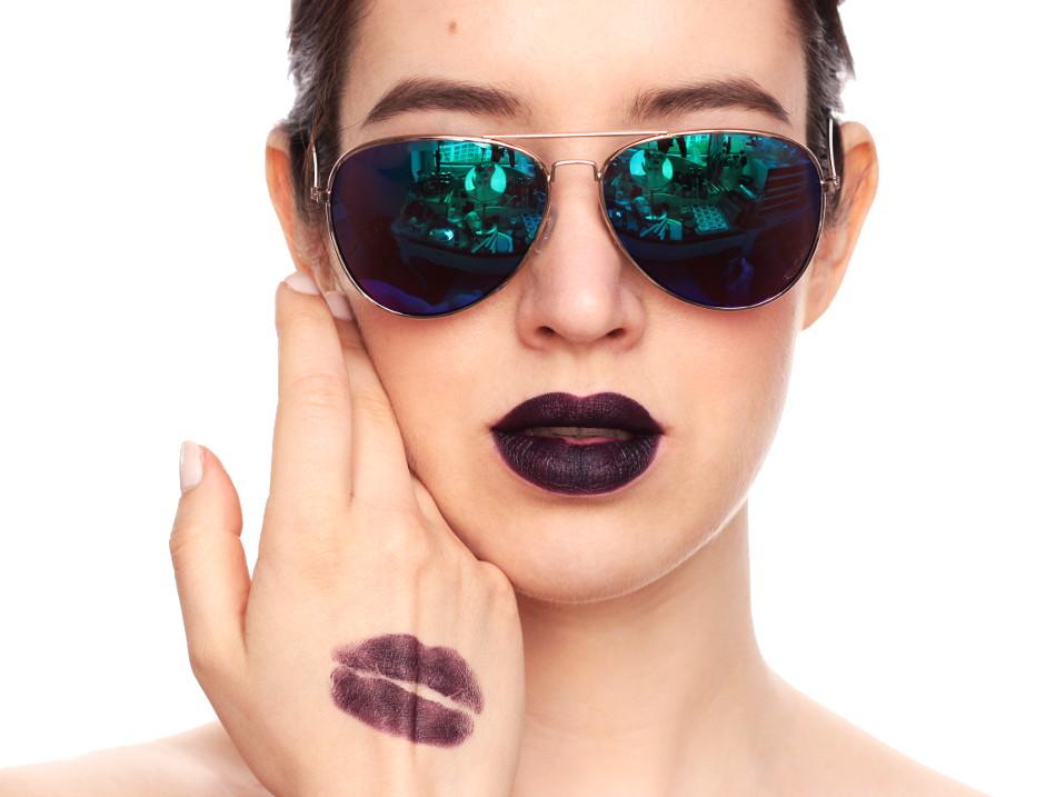 ColourPop Lippie Stix - Swatches und Tragebilder_Feminist