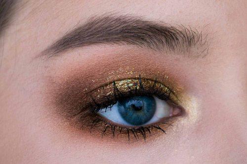 Blaue Augen schminken