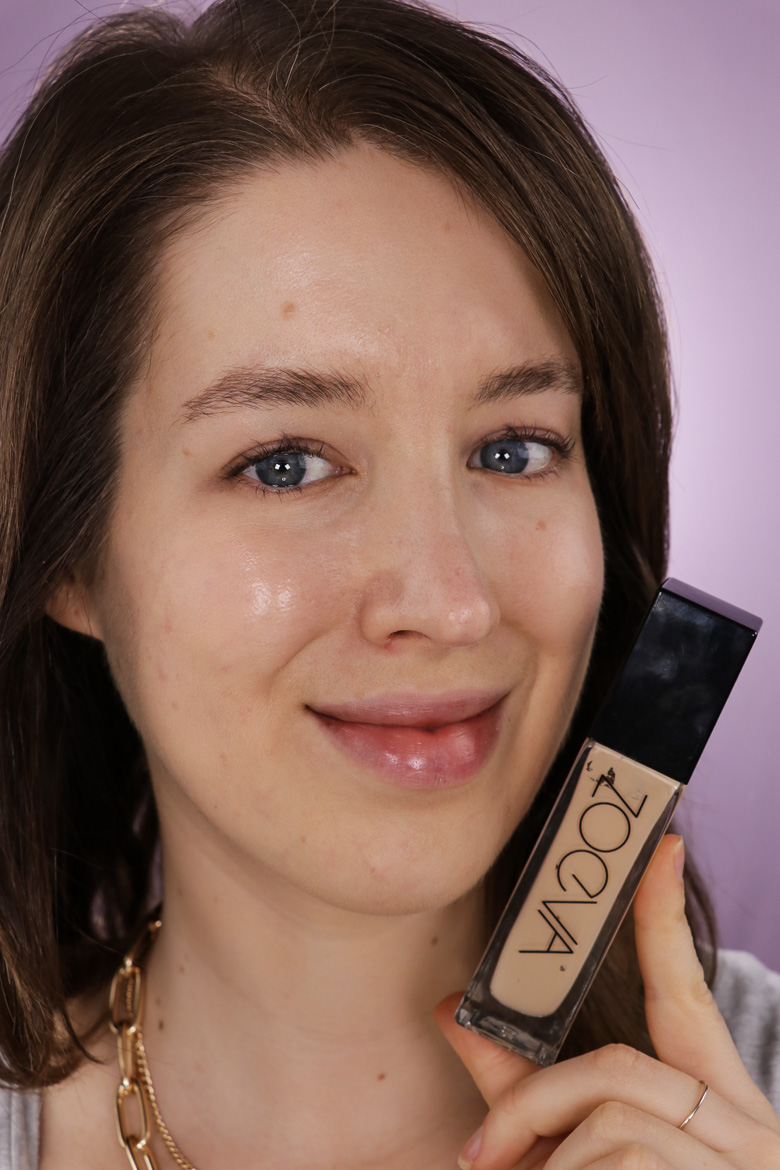 Zoeva Authentik Skin Foundation 40W Artist