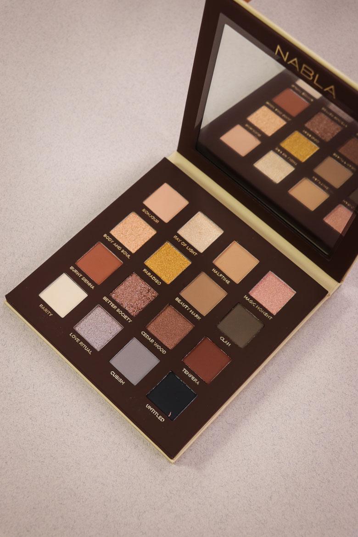 NABLA side by side palette