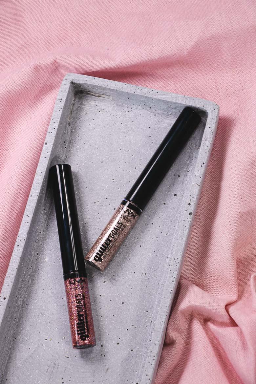 NYX Cosmetics Glitter Goals Eyeliner