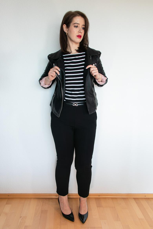 Outfit Kapsel Garderobe Lederjacke Streifenshirt Lackpumps