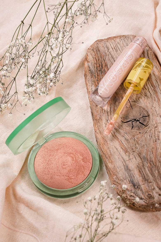 Kosas Cosmetics Review: KOSAS Revealer Concealer